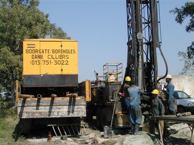 DJC Drilling Power supply and Drill